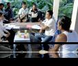 Vishnu lawyers provide legal advice to Porng Toek community members.
